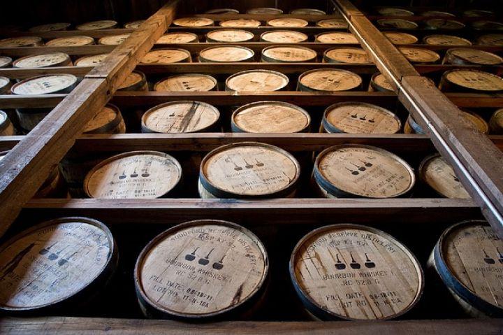 Duma will die Einfuhr von alkoholischen Getränken aus der EU und den USA verbieten