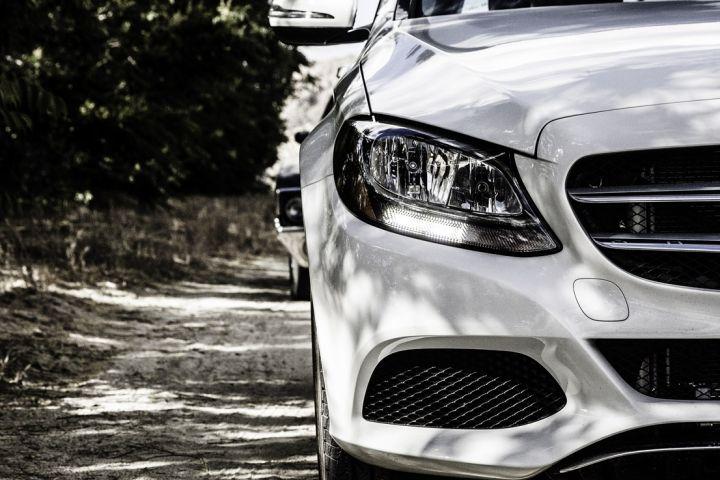 Russland streicht die Zölle für die Einfuhr von Elektroautos